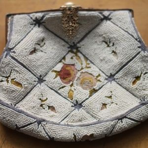 Vintage Crosshatch Floral Beaded Clutch